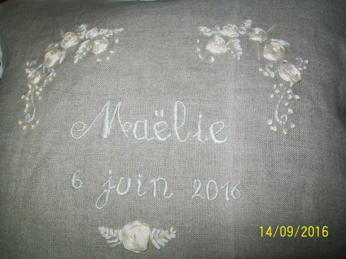broderie,ruban,couture,coussin